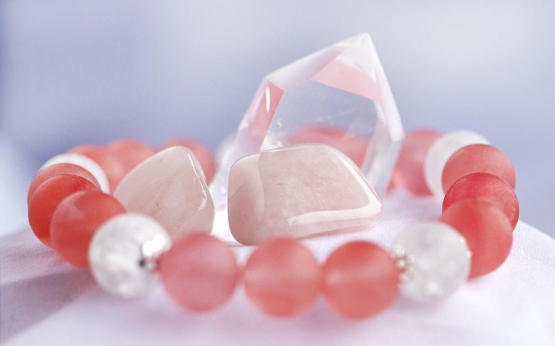 Rosenkvarts sten & bergkristall. Rosenkvart armband.