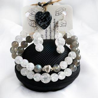 Smyckeset Snowflake - Bergkristall klackererad & Morganit (Två armband, örhängen, halsband)