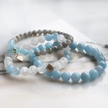 Armbandsset Sympathy - (akvamarin, krackelerad bergkristall, ljusgrå månsten)